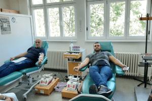 Humani rudari darivali krv