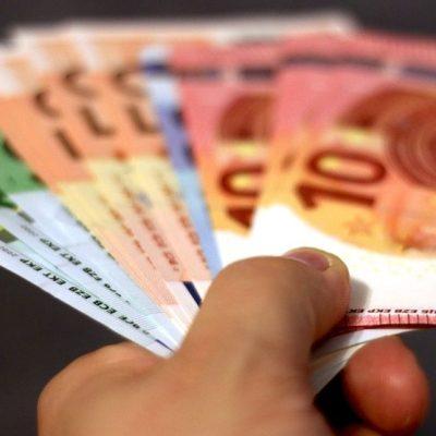 Najveće plate u regionu imaju Slovenci, najmanje Makedonci