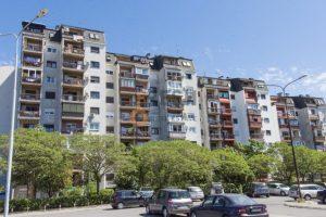 Jedino u Crnoj Gori država subvencioniše stanove visokim funkcionerima