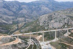 Spojen most Moračica