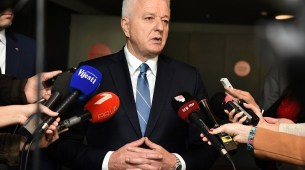 Premijer najavio povećanja plata prosvjetnim i zdravstvenim radnicima