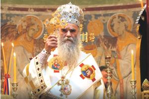 Amfilohije: Ne slažem se sa odlukom Sinoda SPC da dodijeli orden Vučiću