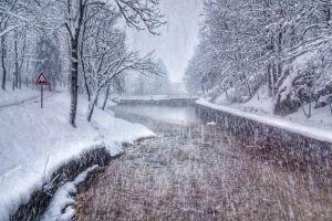 Zimo dobro došla u naš lijepi grad, možda si nekad teška, ali nikad nepoželjna
