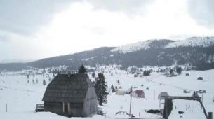 Snijeg pao, a seoski izvori bez kapi vode