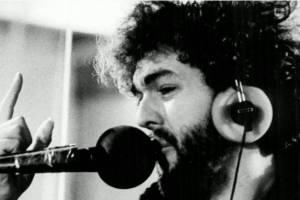 LEGENDARNI muzičar sa vanvremenskim hitovima: Miladin Šobić danas puni 64. godine!