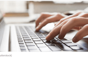 Novinarki FOS media određeno zadržavanje: Osumnjičena za izazivanje panike i nereda