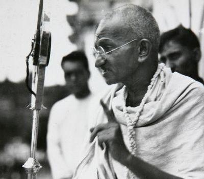 Na današnji dan ubijen Gandi, otac građanske neposlušnosti i nenasilne borbe