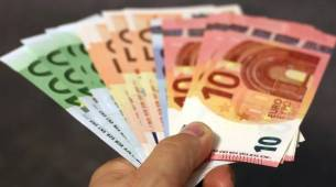 KOLIKO CRNOGORCI ZARAĐUJU: U kom gradu je PLATA 700, a gdje je manja od 200 EURA