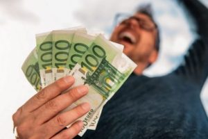Ko prima najviše, a ko najniže plate u Evropi