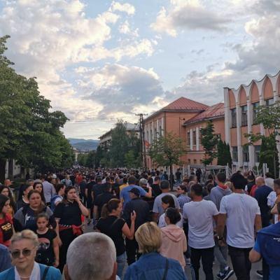 Poslije održanog Molebana u policiju pozvani protojerej-stavrofor Saša Janjić i profesor Bojan Strunjaš