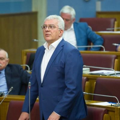 Andrija Mandić podnio ostavku