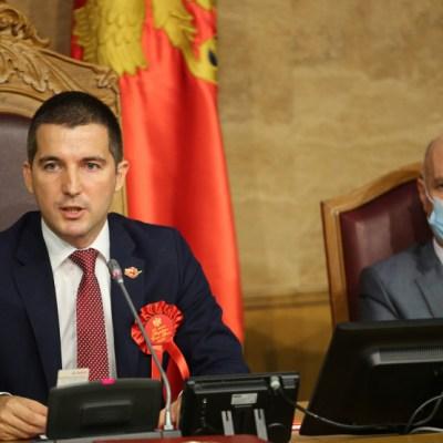 Bečić o kađenju opštine Budva: Ja to ne bih uradio, zalažem se za građansku državu
