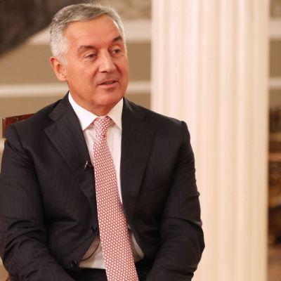 Đukanović čestitao Bečiću: Sporazum koji ste potpisali garantuje poštovanje preuzetih međunarodnih obaveza