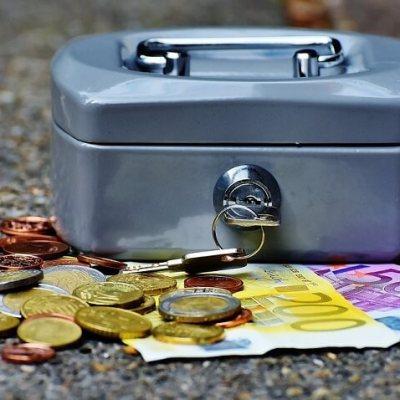 Deficit budžeta 312 miliona eura