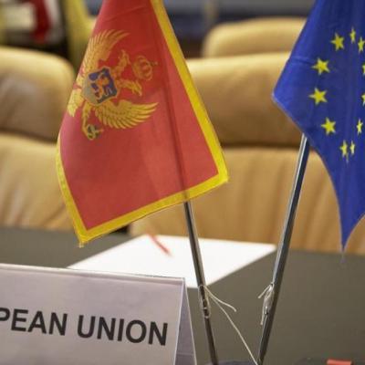 Dan objavljuje izvode iz izvještaja EK o napretku, brojne primjedbe na stanje u Crnoj Gori