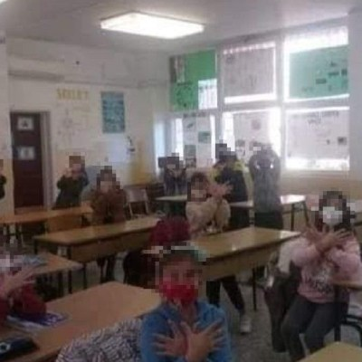 SNP: Učiteljica iz Ulcinja zloupotrijebila djecu u političke svrhe, Šehović da reaguje