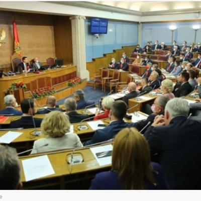 Bečić primio prvu predsjedničku platu, najviše zaradila Božena Jelušić