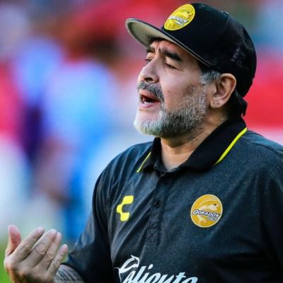 Preminuo Dijego Armando Maradona!