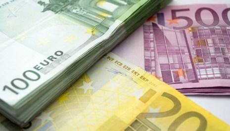 Prosječna zarada u oktobru iznosila 525 eura