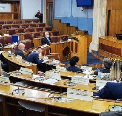 Poslanici bi trebalo da glasaju o novoj vladi