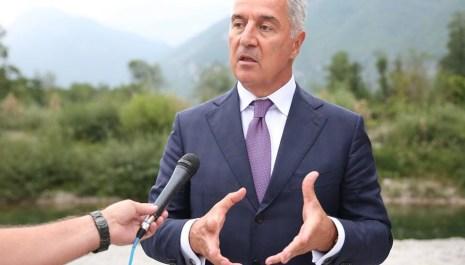 Đukanović: Izlaganje mandatara obilovalo kontradiktornostima