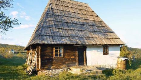 """NVO """"Da zaživi selo"""" je krenula sa aktivnostima na adaptaciji tradicionalne seoske kuće u Gačevića dolini"""