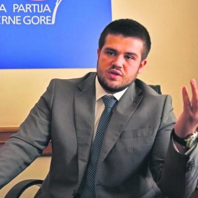 Nikolić: Nećemo prisustvovati sjednici, nemaju većinu