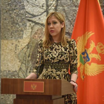 Честитка министарке Весне Братић поводом Међународног дана жена