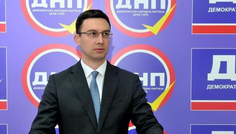 Bojović: Vlada da ne slijedi Đukanovićeve ciljeve, niti da služi njegovim interesima