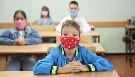 Za pet dana u Crnoj Gori koronavirusom zaraženo 329 učenika i 177 nastavnika