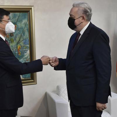 Krivokapić zahvalio Kini na doniranim vakcinama