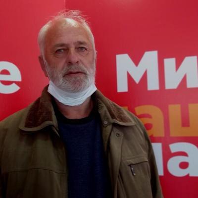 Mušikić za Vijesti: Moj otac godinu dana nije ustajao iz kreveta, ali je juče morao da ustane da brani sina, unuke i svoju zemlju