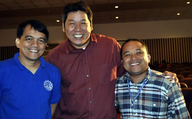 Jojo pose together with Batangas Web Developer Gutierrez and NCDA's Victa.