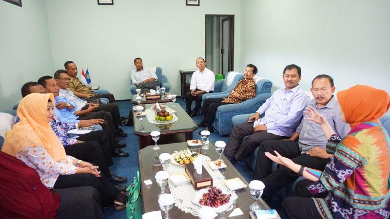 Suasana pertemuan antara Pemkab Sitobondo dengan UMM