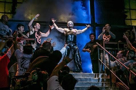 Rey Mysterio arrives at Lucha Underground (c) El Rey Network