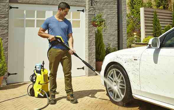 Kärcher K4 Full Control Pressure Washer REVIEW - Winner of our 'Best Pick'