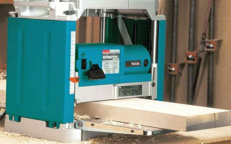 Best Planer Thicknesser – Buyers Guide & Top 5 Models With Reviews