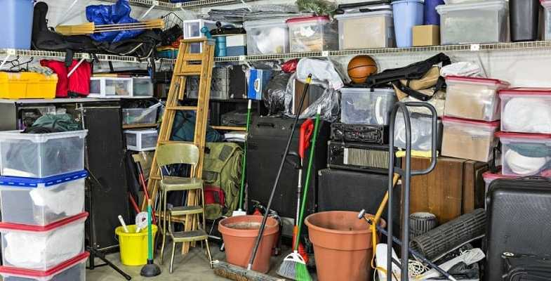 How to clean your garage efficiently and tools for the job
