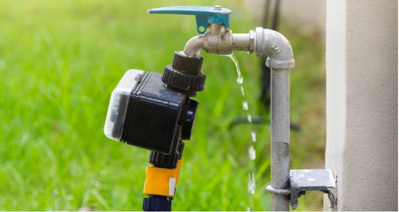 Top 4 Best Smart Water Timers and Controllers To Automate Watering