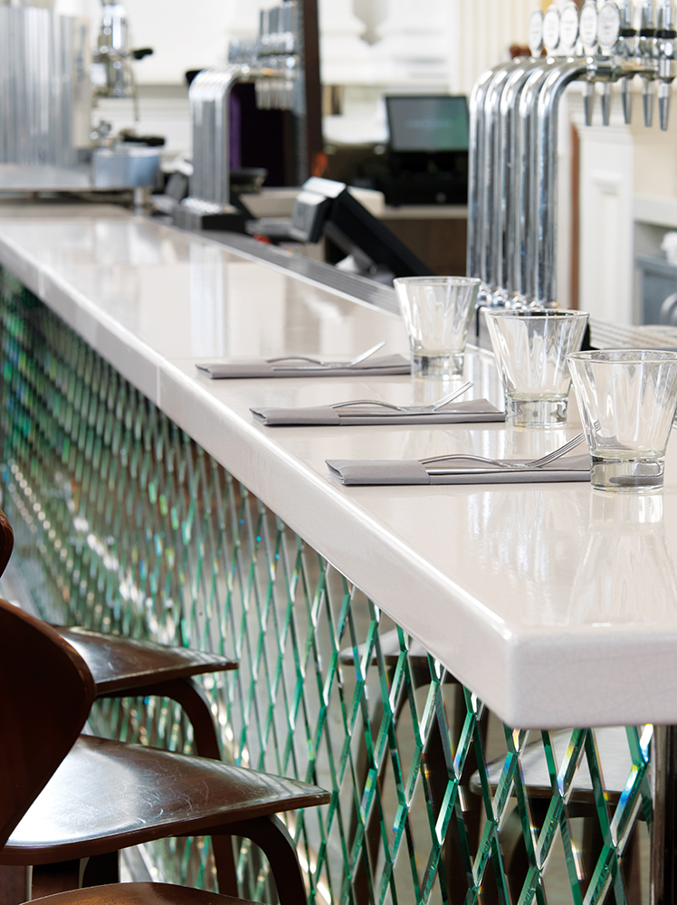 Buffets and reception counters for bars  restaurants
