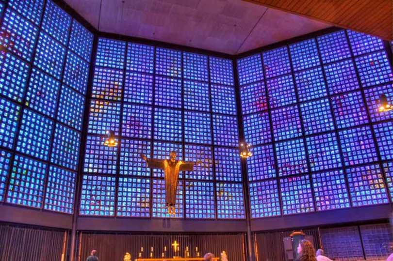 Die neue Kaiser-Wilhelm-Gedächtnis-Kirche: Innenraum