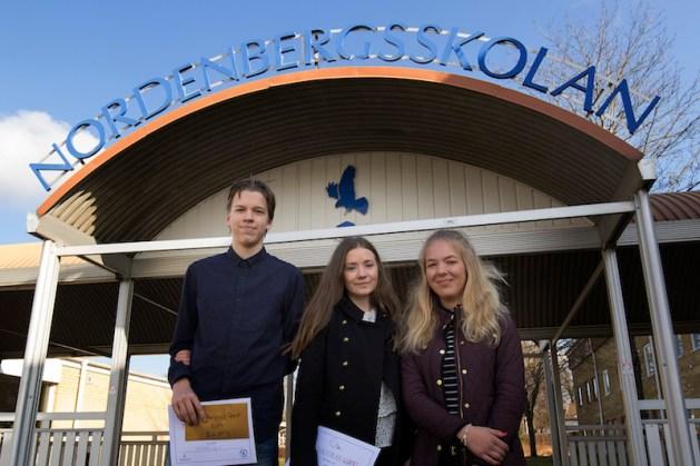 Vinnarlaget från Wämöskolan: Henric Bergqvist, Filippa Lind, Matilsa Steneld