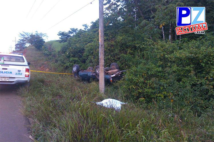Hombre fallece tras el volconazo de su automóvil