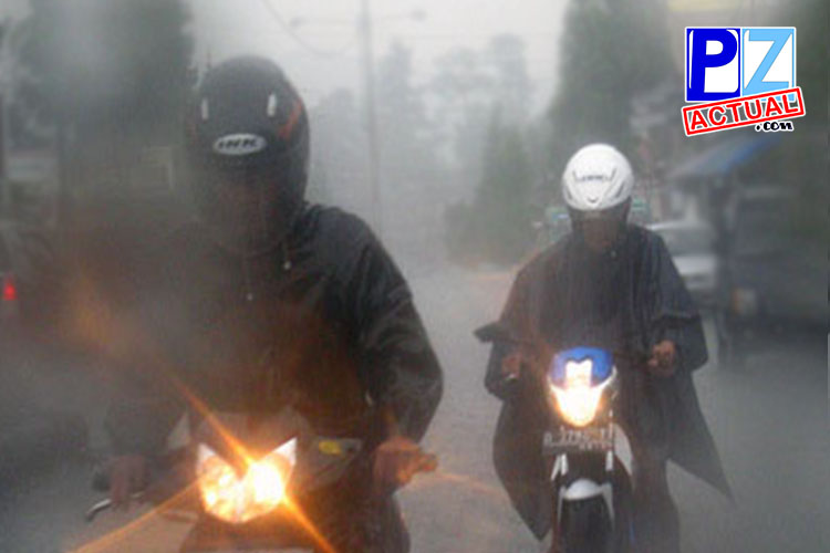 Primeras lluvias crean efecto jabonoso en las carreteras, tome las precauciones necesarias.