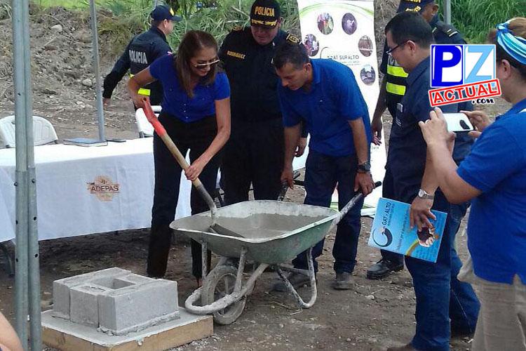 Seguridad Pública coloca la primera piedra para nueva delegación policial en Laurel de Corredores.