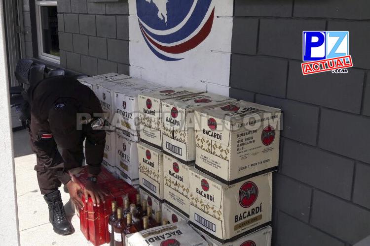 Policía de Fronteras descubre contrabando de licor en la Zona Sur escondido en refrigeradoras.
