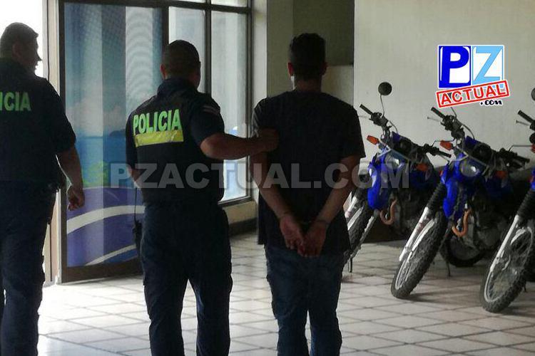 Taxi robado en San José fue recuperado por oficiales de Fuerza Pública en Jacó.