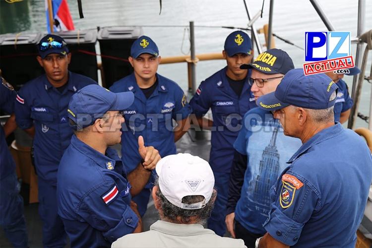 Ministro de Seguridad Pública trabaja en estrategias operativas para la zona sur del país.