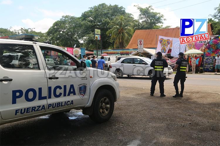 Amplio despliegue policial brinda seguridad a turistas que visitan Jacó estas vacaciones.