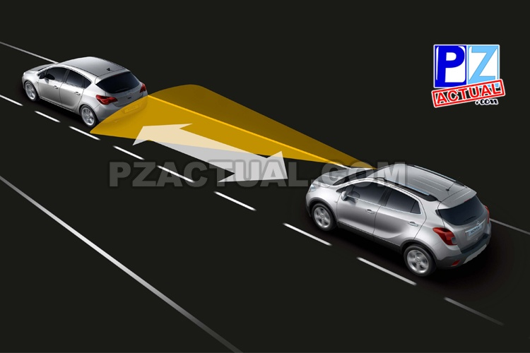 Autoridades aconsejan mantener la distancia y reducir la velocidad en condiciones de lluvia.